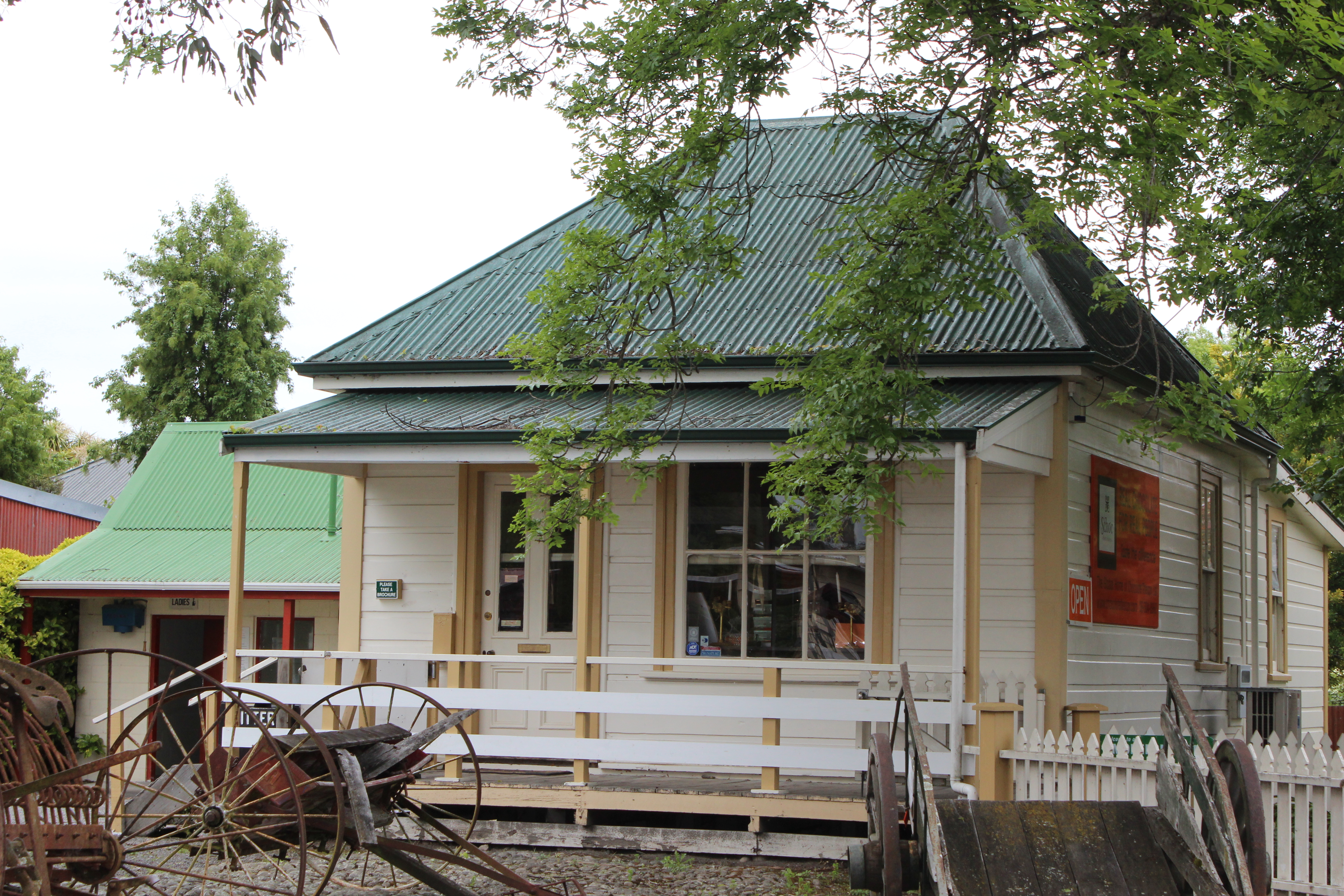 NZ Pioneer House